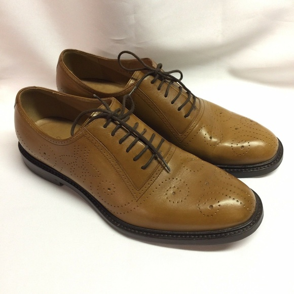 Gucci Other - Gucci Bee Brogue Medallion Toe Oxfords